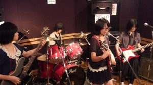 【第1回目 高校生限定!スタジオライブ 開催しました!】    今日6月9日ロックの日に第1回目となる「高校生限定!スタジオライブ」を開催しました!!